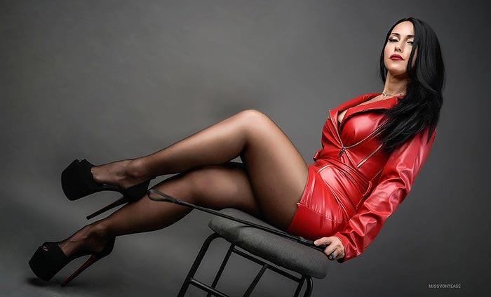 Hot fetish girl in pantyhose