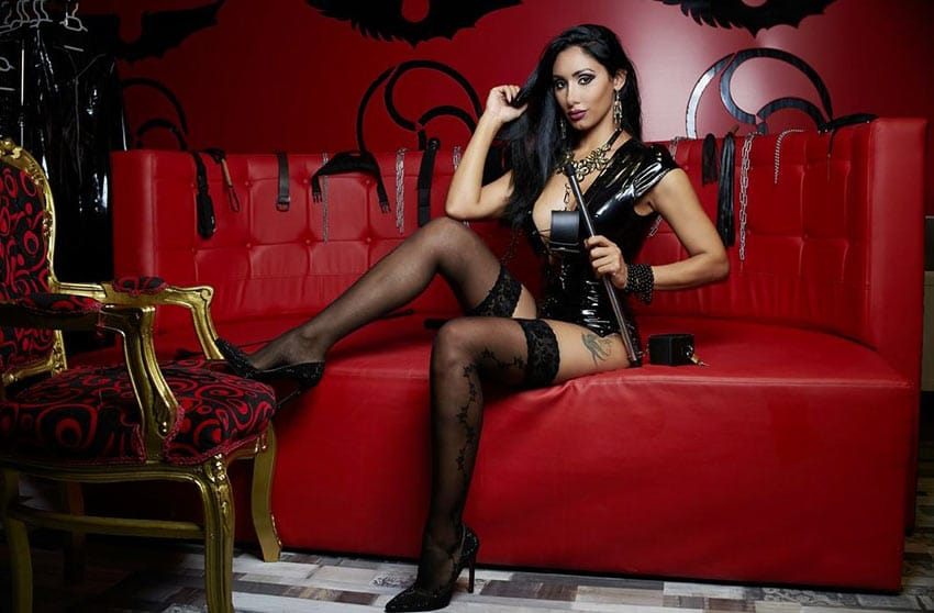 live stockings dominatrix